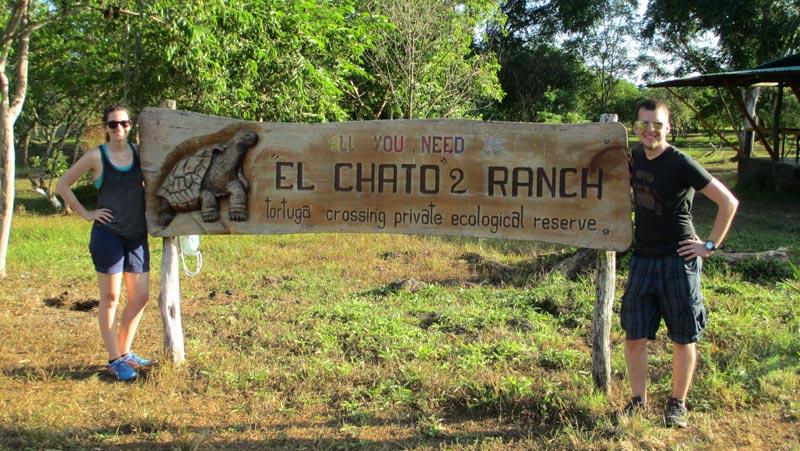 El Chato signage