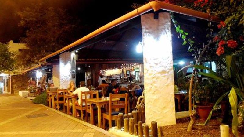 dining_gala_garrapata